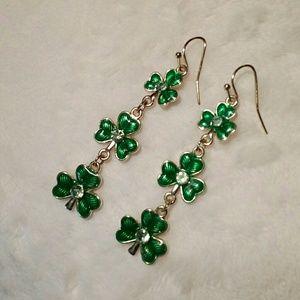 Jewelry - St Patricks Day  earrings